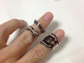 プラ版の指輪デザイン